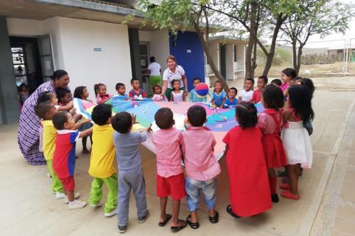 Encuentro educativo en Manaure