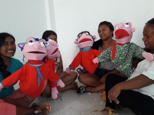 ¡Títeres con la comunidad Wayuu!